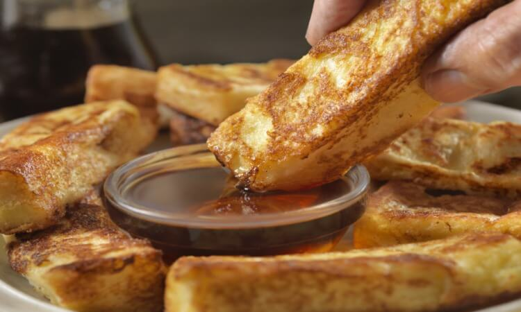 How Long Do You Cook Frozen French Toast Sticks? – Reheating Tips And More!